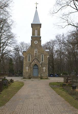 Miķeļa kapsēta Logo