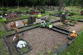Garnizona kapsēta Liepājā logo