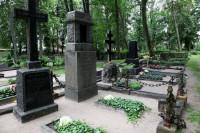 Līvas kapsēta logo