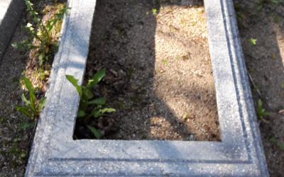 Piedāvājam iegādāties arī betona apmales.