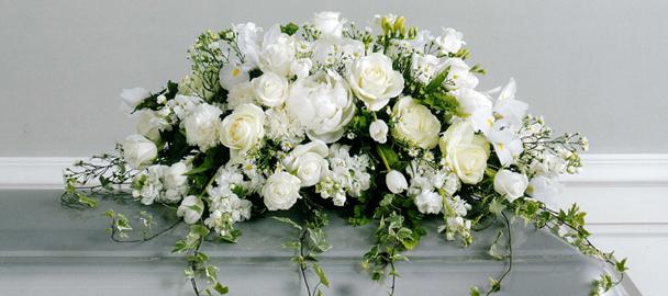 Kur pasūtīt ziedu vainagu vai pušķi sēru gadījumā?