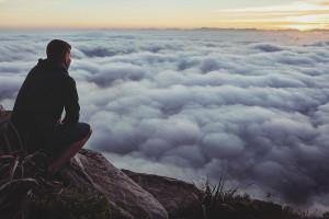 TUVINIEKA NĀVE ĀRZEMĒS – KĀ RĪKOTIES ŠAJĀ SITUĀCIJĀ? MIRUŠA CILVĒKA REPATRIĀCIJA