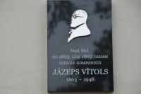Skulptūra Jāzepa Vītola piemiņai Mazais vijolnieks