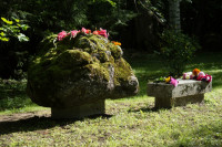 Ķikuļu Jēkaba piemiņas akmens