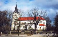 Saldus Sv. Jāņa evaņģēliski luteriskās draudzes baznīca Logo