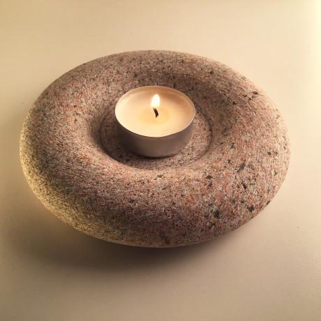 Granīta svečturis /sveces paliknis