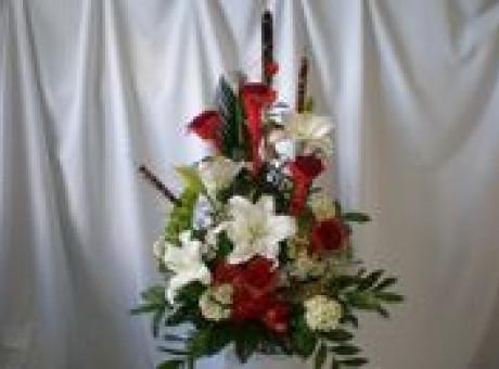Bēru ziedu pušķis no lilijām