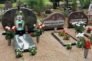 Kā pasūtīt kapu pieminekli?