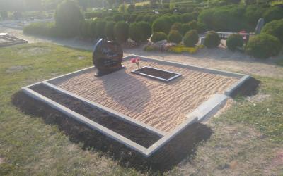 perimetra betonēšana , labiekārtošana kapos Madonā