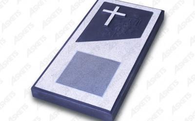 Kapu apmale vienvietīga, slēgta, ar katoļu krustu un plāksni
