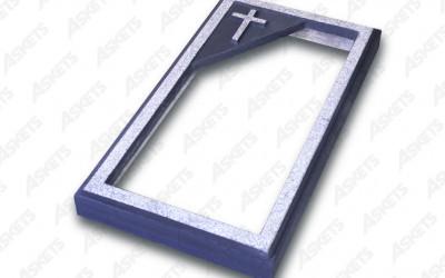 Kapu apmale vienvietīga, atvērta, ar katoļu krustu
