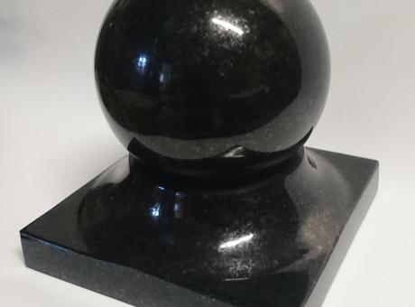 Гранитный шар (13см)