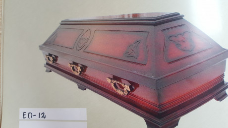 Sarcophagus- casket with handles